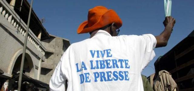 VIVE-LA-LIBERTE-DE-LA-PRESSE.jpg